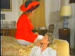 retro older french mom enjoys fisting