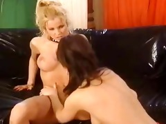 lesbian assfisting in german old flick