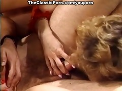 sexy threesome simultaneous agonorgasmos