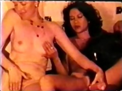 lesbian peepshow loops 647 70s and 80s - scene 3