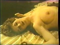 lesbo peepshow loops 536 70s and 80s - scene 3