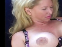 classic blond d like to fuck cougar toying and