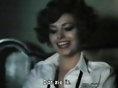 female spies with flowered pants (1979) full