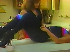 biggies lesbian scene