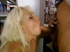 golden-haired milf bonks anal in car auto market