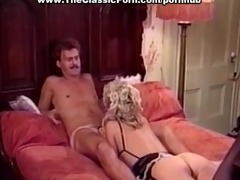 pecker worshipped by retro busty girl