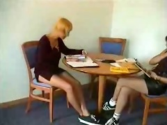 xana does it with her girlfriend - portuguese