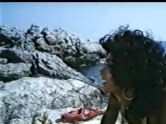 ajita wilson anomali erotes sti santorini (1983)