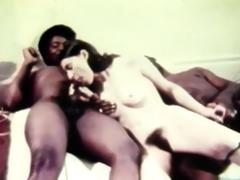 hawt retro threesome erotica