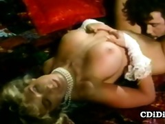 victoria paris - busty blondie on hardcore retro