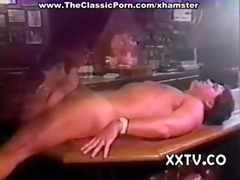 busty wench fuck in the night bar
