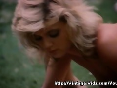 vintage sex perfomred outdoors