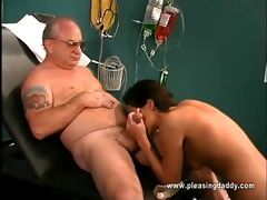 nikita checks uncle jesses load